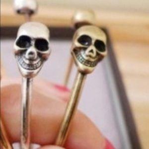 Jewelry - Silver Skull Bracelet (L15)